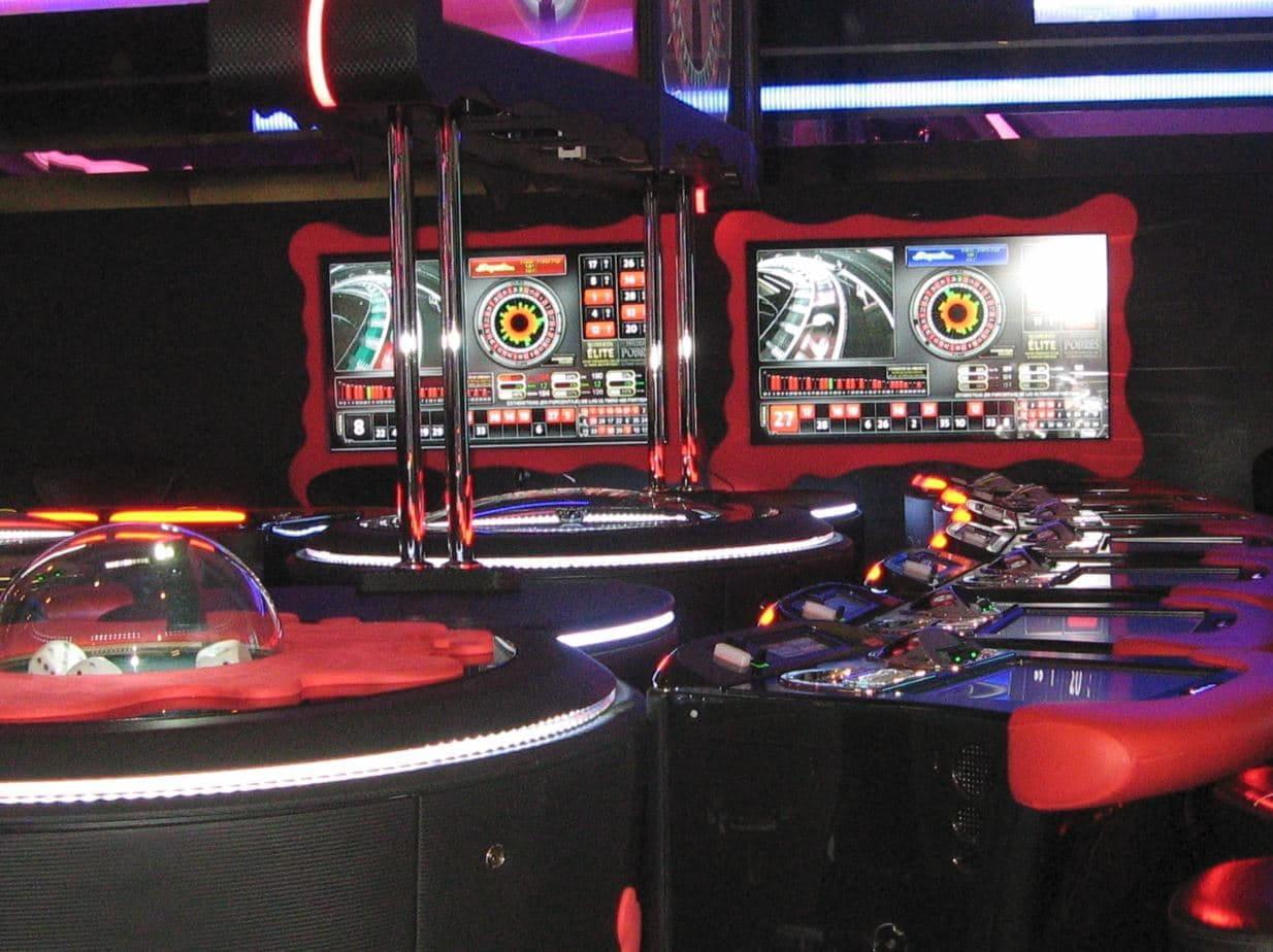 roulette casino karten vier bilder ein wort